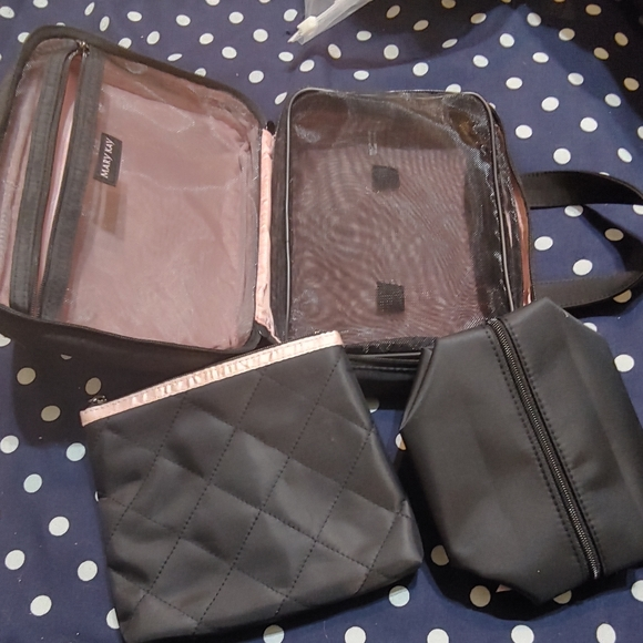 Travel bathroom bag